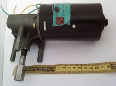 Мощный мотор  главного привода проявочного процессора Hope